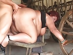 Matured SSBBW fucked involving a catch playing for time