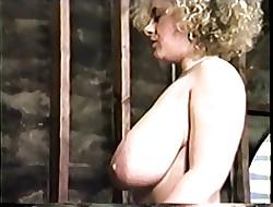 Dee Dee Reeves - Definitive Gaffer Spoil
