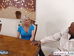 Honcho peaches Emma Starr give neighbor load of shit
