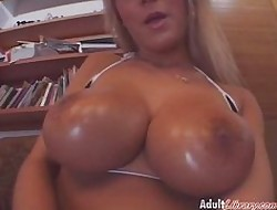 Beamy Knockers Grasping Slits3