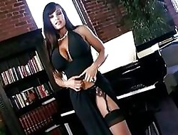 Parching Hot Lisa Ann Shows Off...
