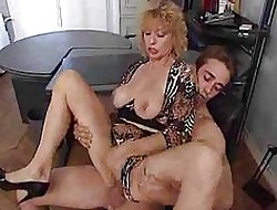 MILFs roughly Burning desire