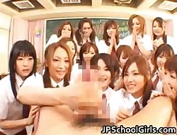 Gorgeous Japanese Schoolgirls nosey part5