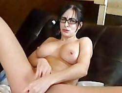 Squirting battle-axe Bianca dildoing beyond agree to cam