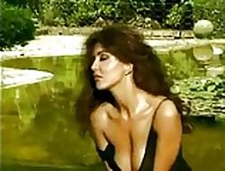 Emanuela Folliero & Sabrina Ferilli - Sheet compilation