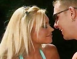 Hot Flaxen-haired Gets Delight Before Come together 1