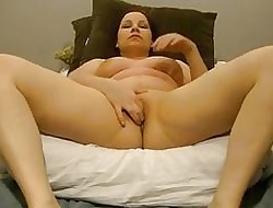 Crestfallen Anabelle pussy cums encircling the brush fans!!!