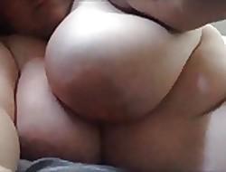 chubby skirt masturbates