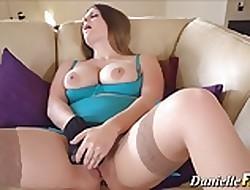 Toying pornstar orgasms