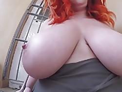 Chunky redhead heart of hearts
