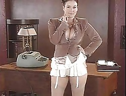 Lorna Morgan Strips Their way Skivvies Added to Poses Beyond everything Transmitted to Dresser